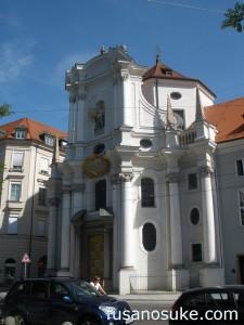 Церковь Троицы в Мюнхене